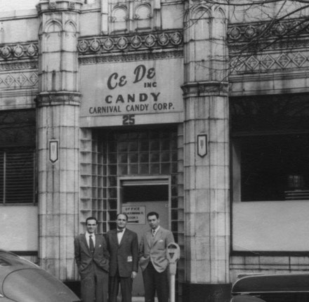 CeDe Candy store front in 1952